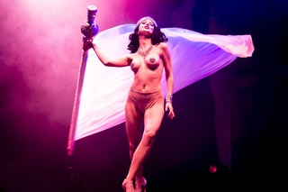 Sina King Berlin Burlesque Festival 2014